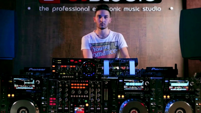 DJ HOLDI / Mashup performance / made in SDJStudio / booking +375 29 6255855