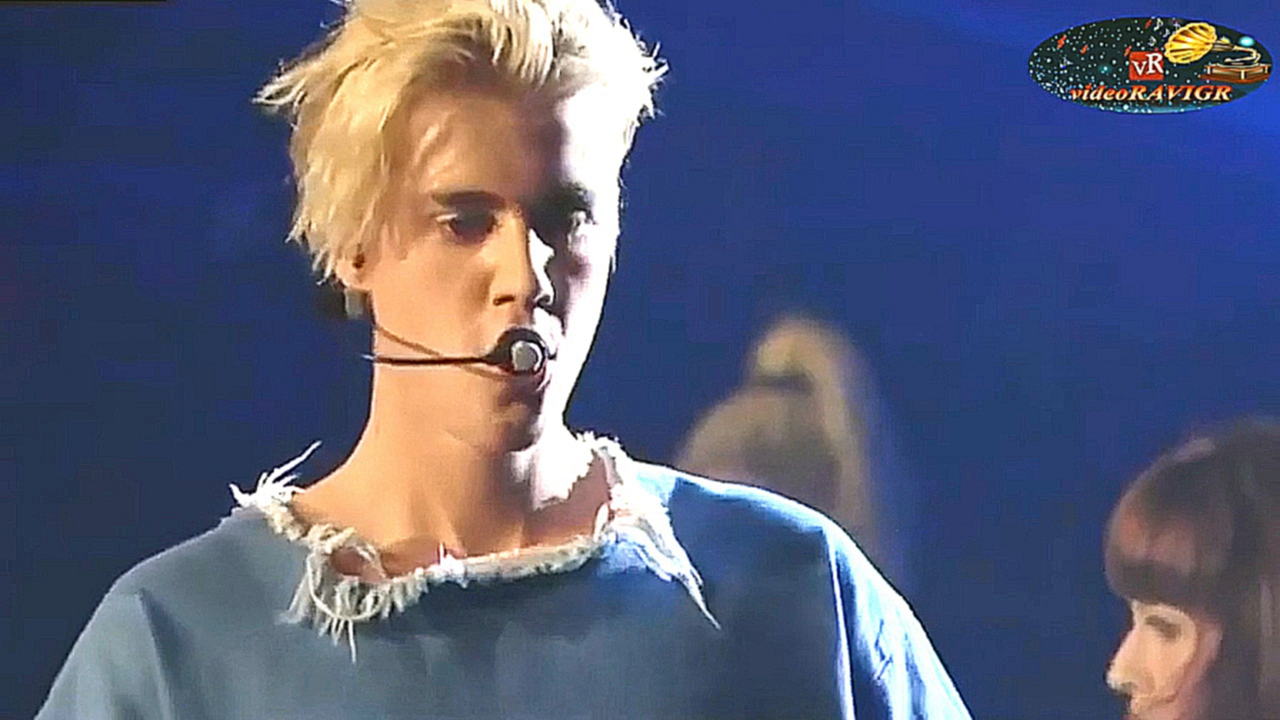 Justin Bieber - Full Performance at BBC Radio 1's Teen Awards 2015