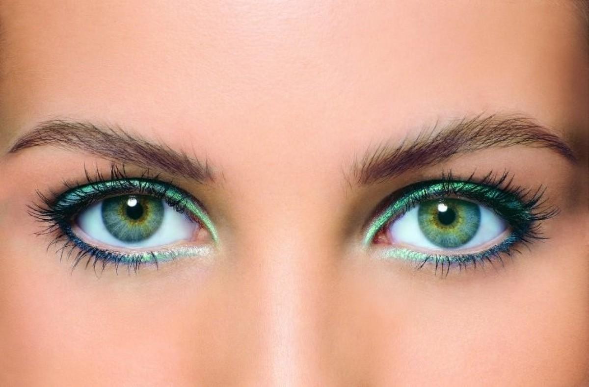 Как сделать зеленые глаза линзами